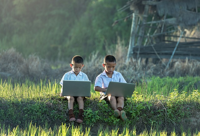 Why does a Home with Children Need Broadband?
